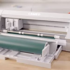 Silhouette Cameo 4 with pull out vinyl roll feeder